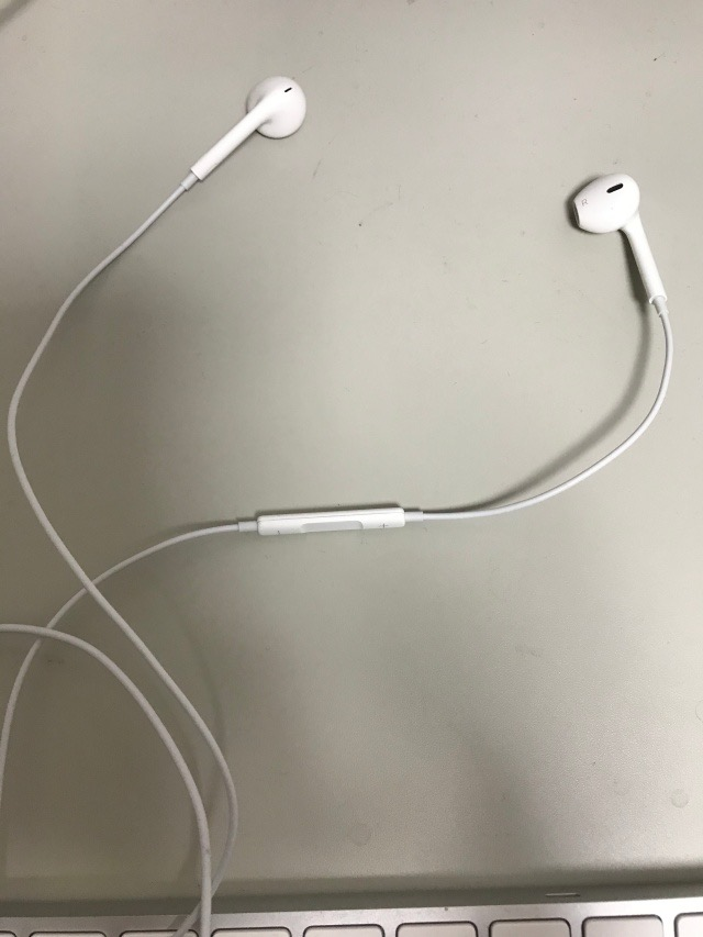iPhone6sイヤホン